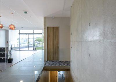 charleville-mezieres-amada-interieur-escalier-gnat-ingenierie