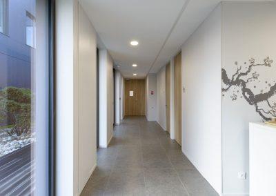 charleville-mezieres-amada-interieur-gnat-ingenierie-couloir